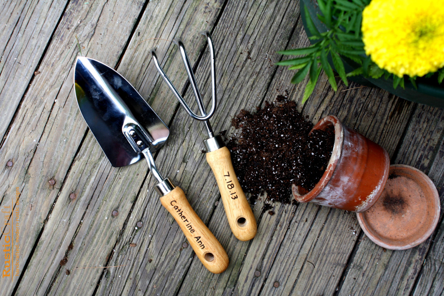 The right gardening tools tool spotting for Gardening tools used in planting